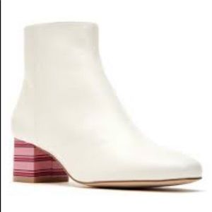 Katy Perry Farrah Pearl White Boots Candy Heels